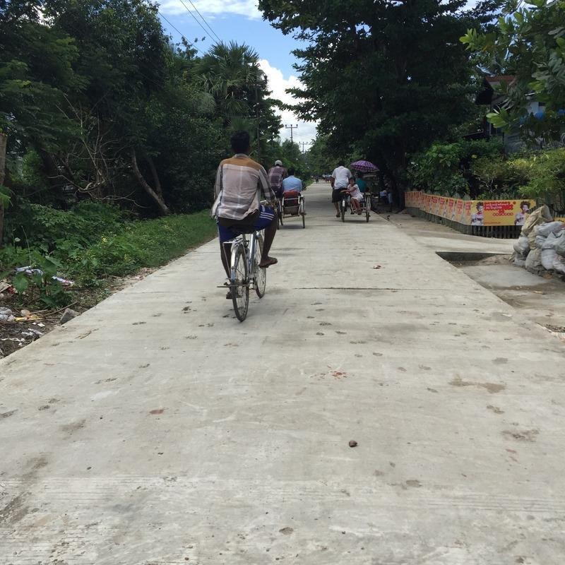 Local streets in Dalah