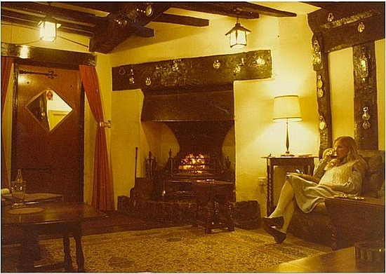 Lounge in Brigands Inn