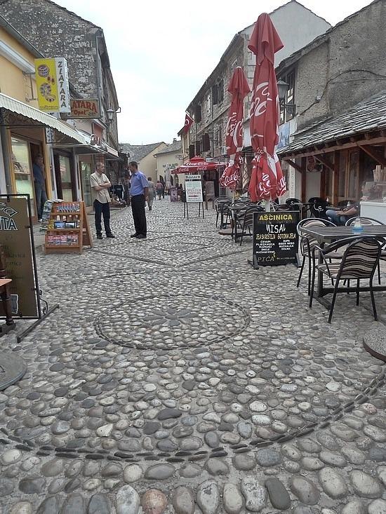 Round cobble stones