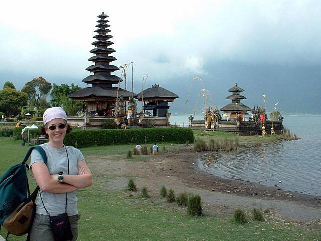 Puru Bratan Temple