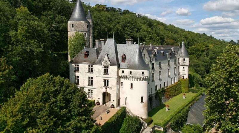 large_chateau-de-chissay_1000_560_891_1489606281.jpg