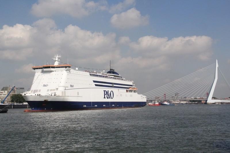 large_ferry.jpg