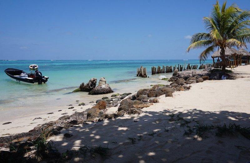 3.1493204378.our-beach-view
