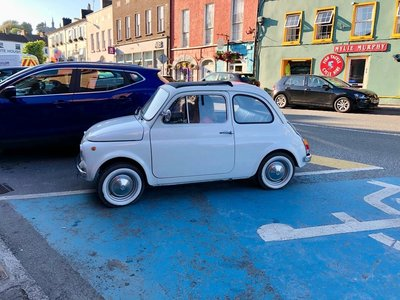 Vintage Fiat 500 on the streets of Kinsale