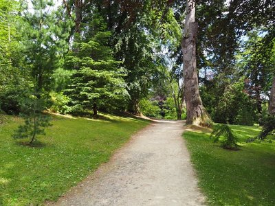A walk around the grounds and gardens at Powerscourt