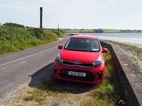 A stop along the Beara Peninsula for pictures