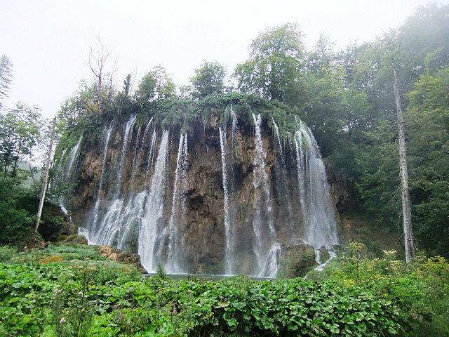 Stunning waterfall patterns