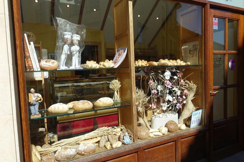 Bakery window - Elciego