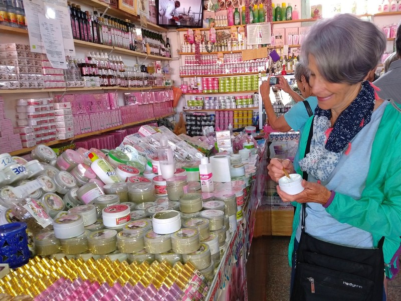 Testing the Rose creams made by a women's cooperative