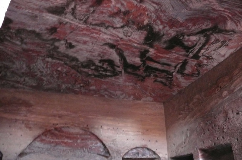 Natural color on ceiling