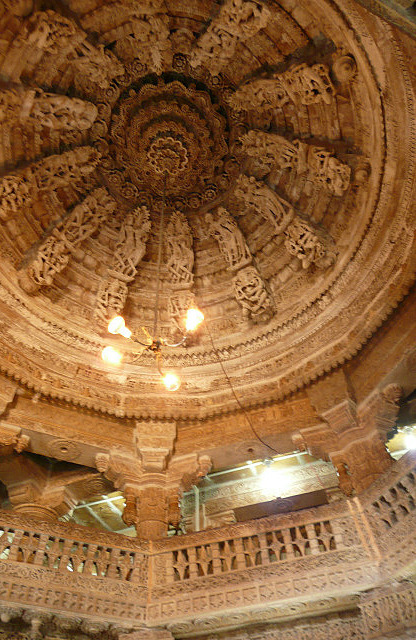 The ceiling of the Jain temple