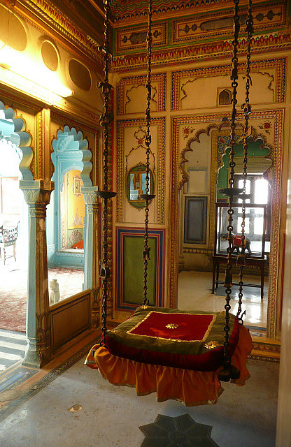 The relaxing room of the Maharani and his wife