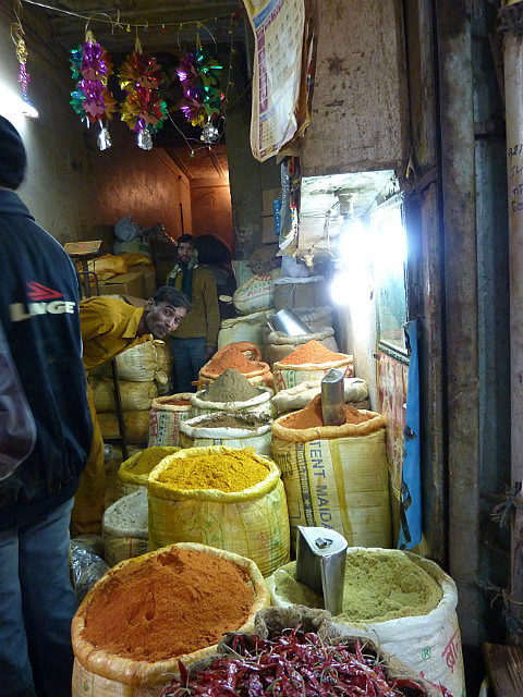 Spices and henna dyes