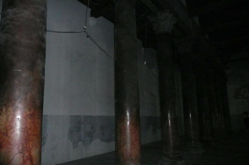 Fabulous marble pillars within