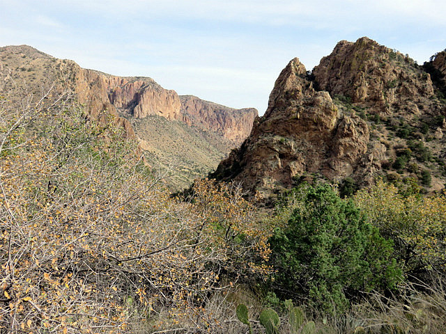 Hiking the Lost Mine Trail