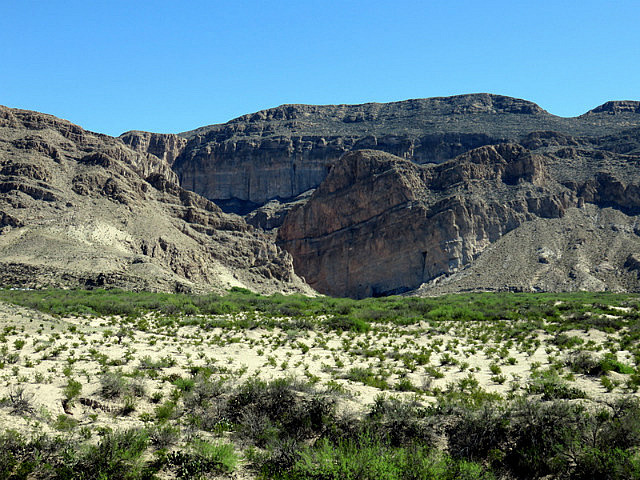 Road to Boquillas Canyon Trail