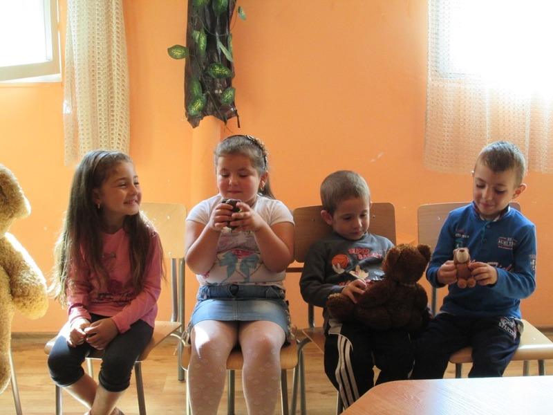 The kids and their teddies