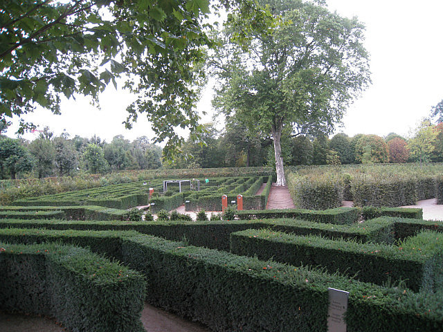 The maze and labyrinth at Schoenbrunn