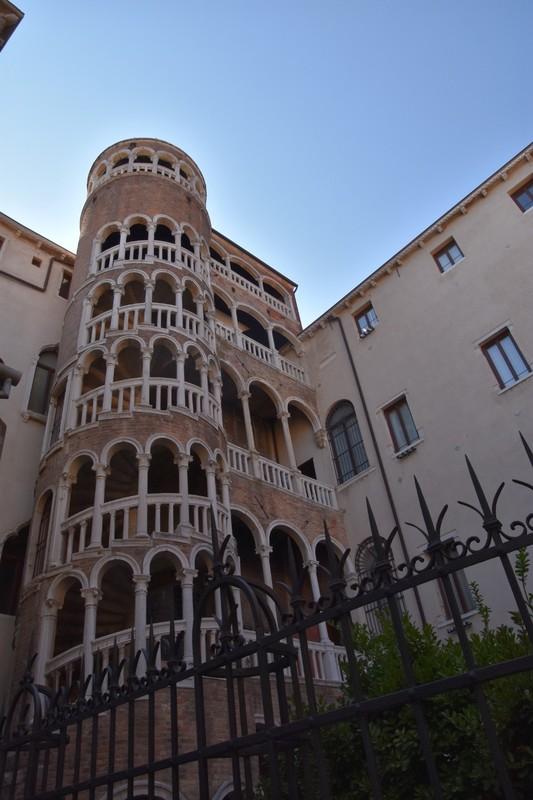 Fire escape, renaissance style - Scala Contarini del Bovolo