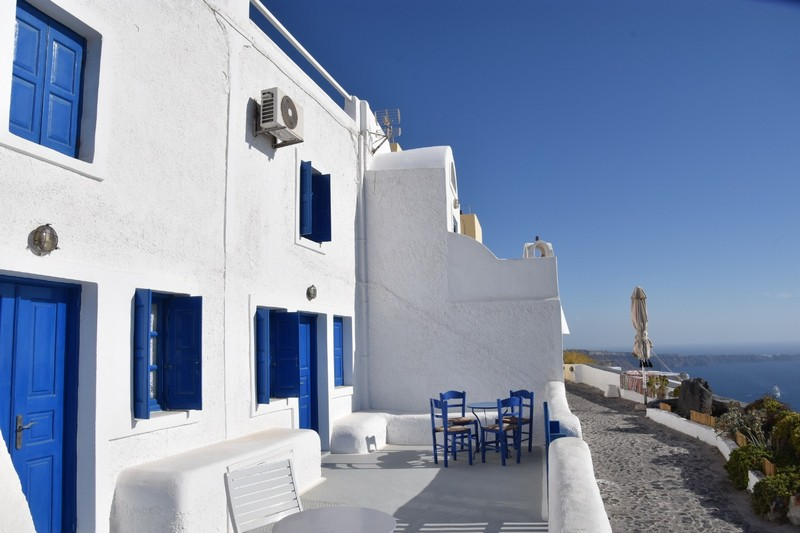 Santorini - white washed, cliff, view