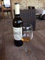 Georgian Qveri White Wine