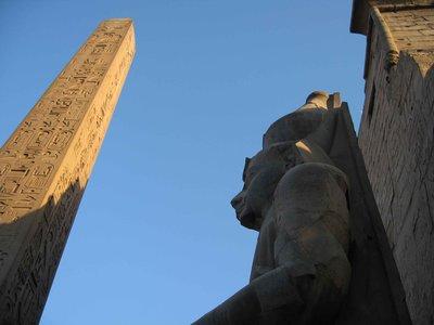 CAIRO02-lu..obelisk