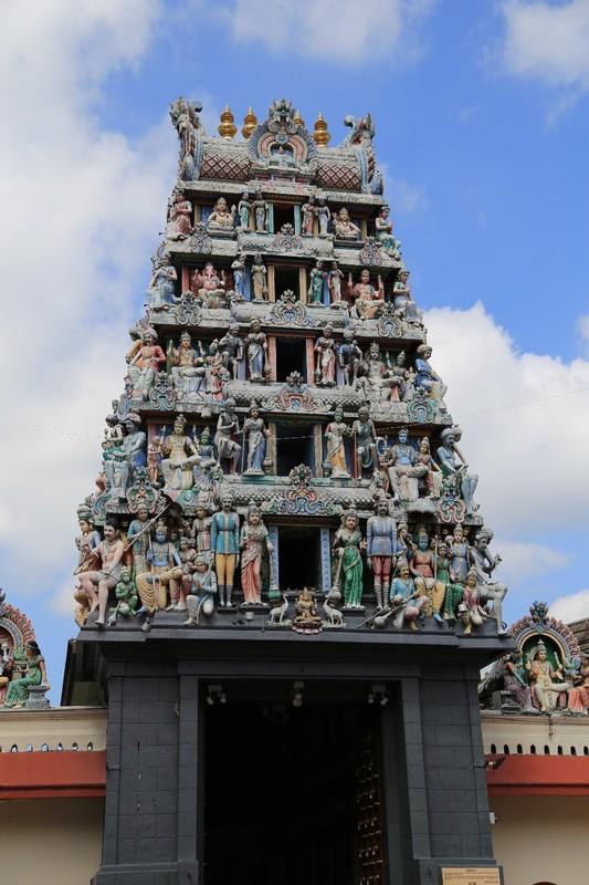 Sri Mariamman Temple (Hindu), Temple Street