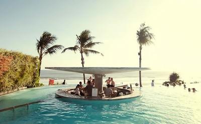 potato-head-beach-club-pool.jpg