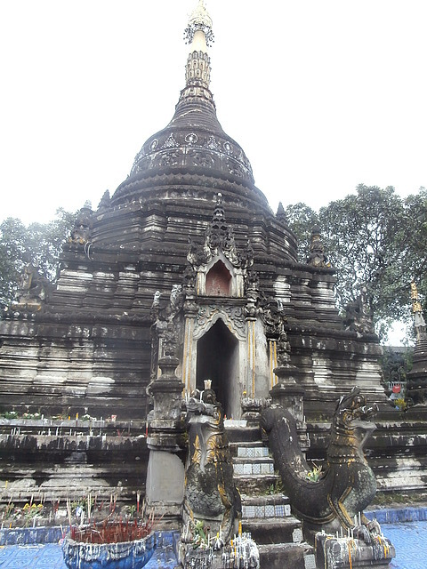 One of the many beautiful CM temples