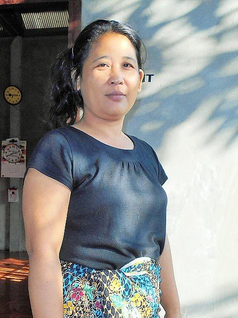 Nang's mom