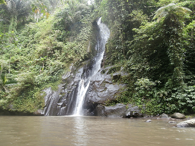 Waterfall along Ayong river