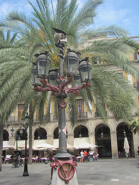 Gaudi lampost in Placa Real Barcelona