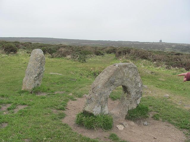 Men an tol stones