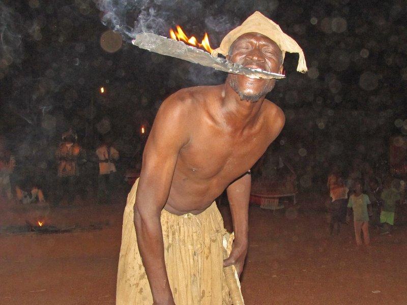 Fire eater, Boundiali
