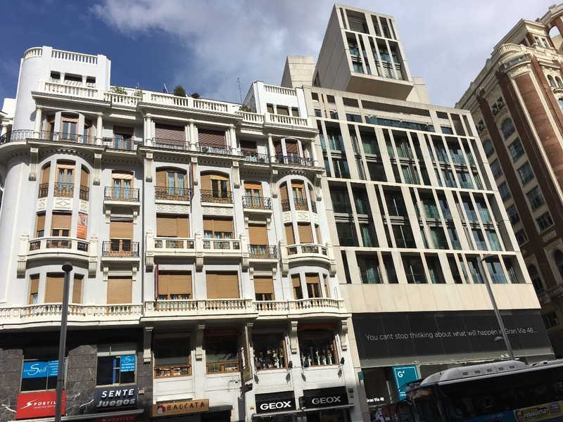 Old and new in Gran Via