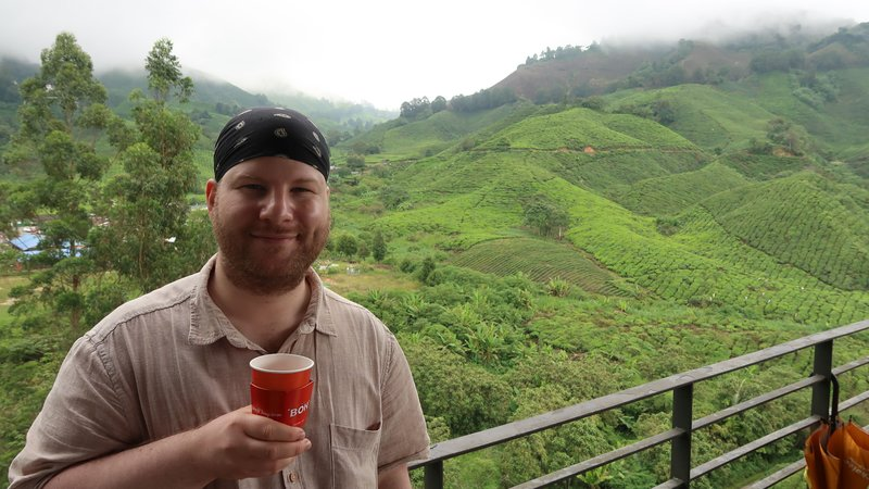 Enjoying a cup of Broken Orange Pekoe in the BOH tea factory cafe with a stunning view on the plantation.