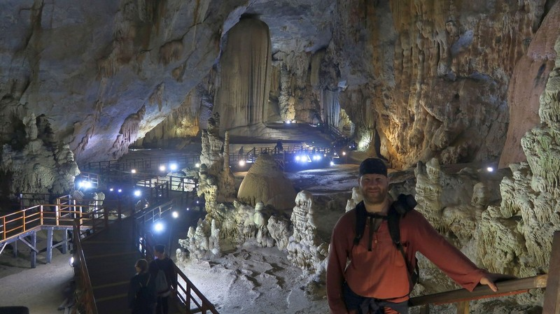 Paradise Cave in the Phong Nha National Park, Vietnam.