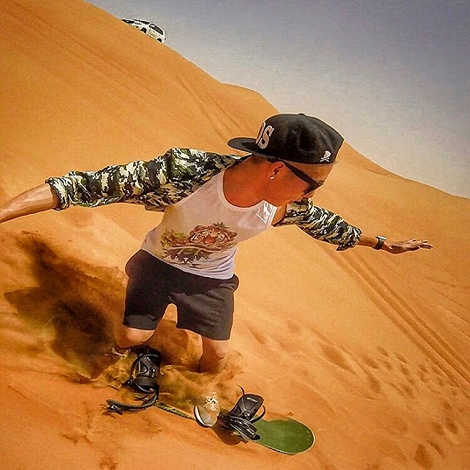 morning-desert-safari-dubai-tour-with-sand-boarding