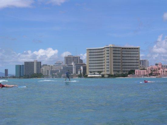 Surfing Waikiki 27