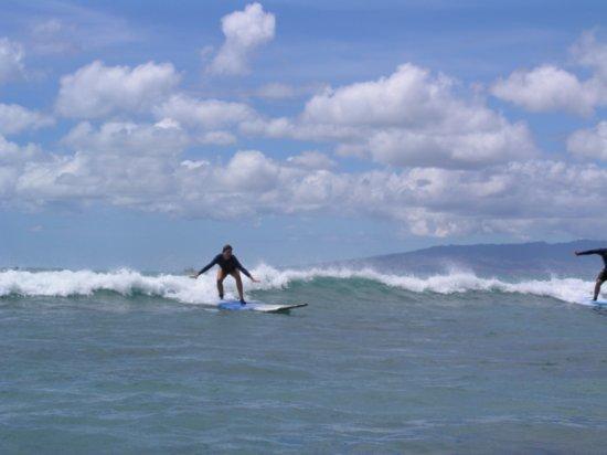 Surfing Waikiki 42