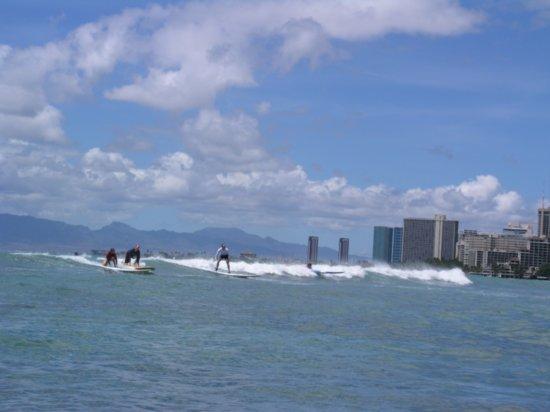 Surfing Waikiki 10