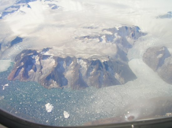 Above Greenland 08