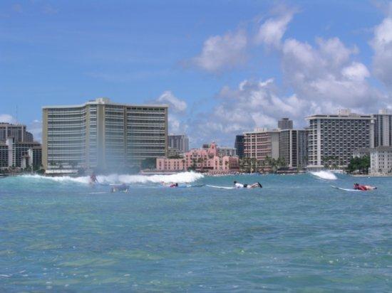 Surfing Waikiki 24