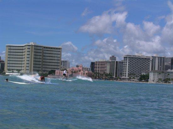 Surfing Waikiki 15