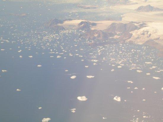 Above Greenland 03