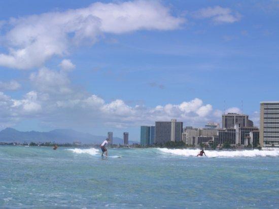 Surfing Waikiki 22