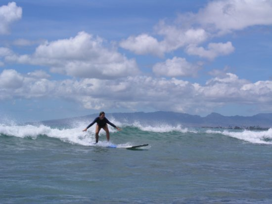 Surfing Waikiki 43