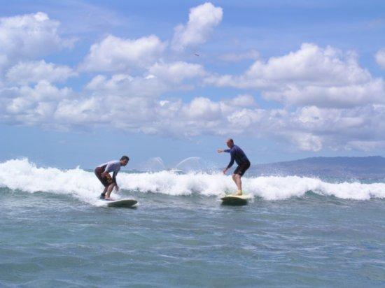 Surfing Waikiki 37
