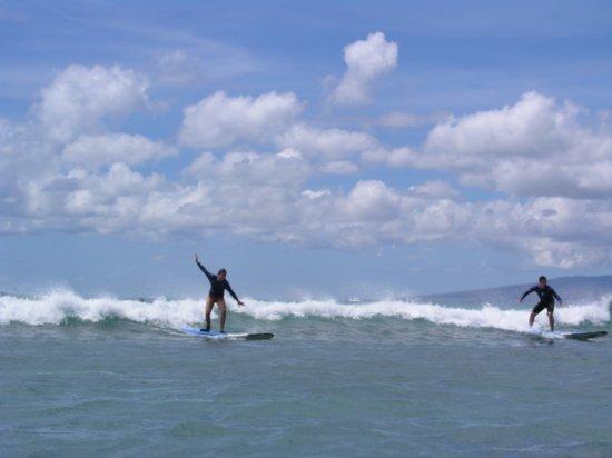 Surfing Waikiki 41
