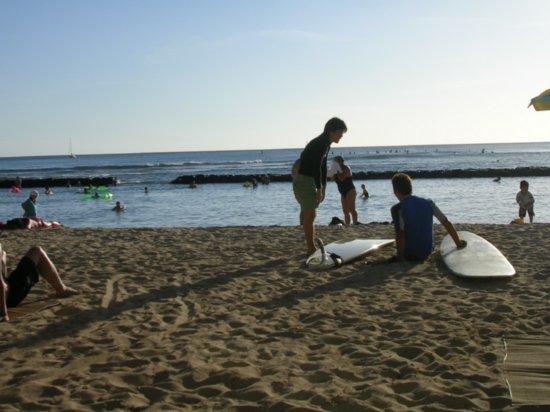 Waikiki Beach 01